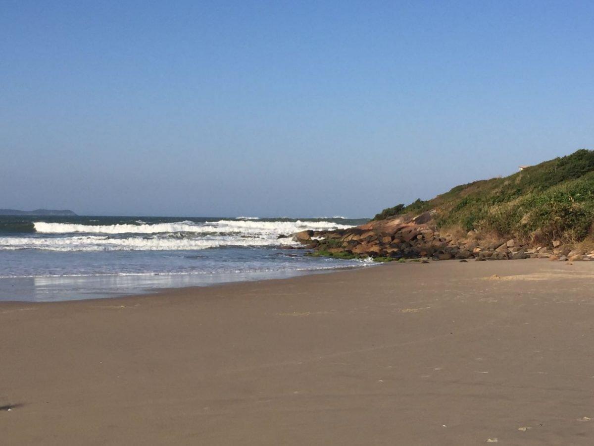 praia da gamboa Garopaba sc