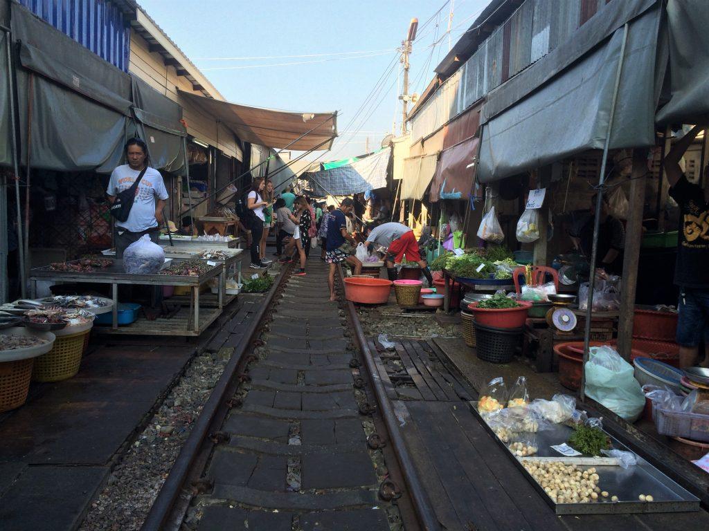 Mercado dos trilhos Bangkok