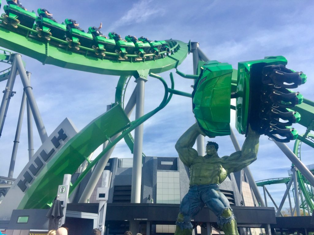 montanha russa do Hulk islands of adventure