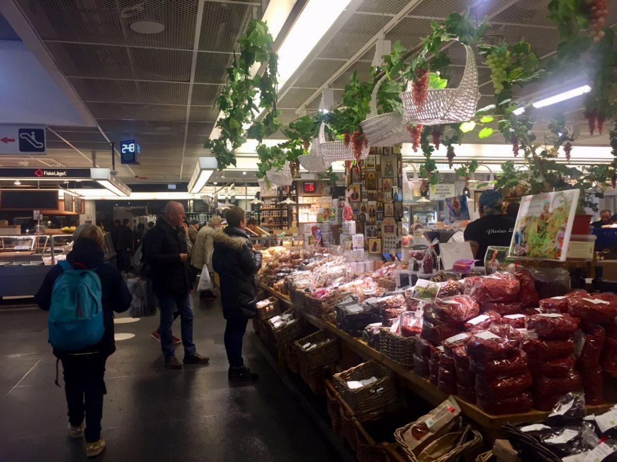 mercado gastronômico na capital da Suécia
