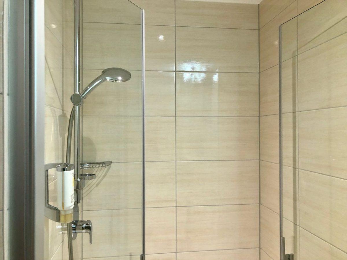 chuveiro de hotel