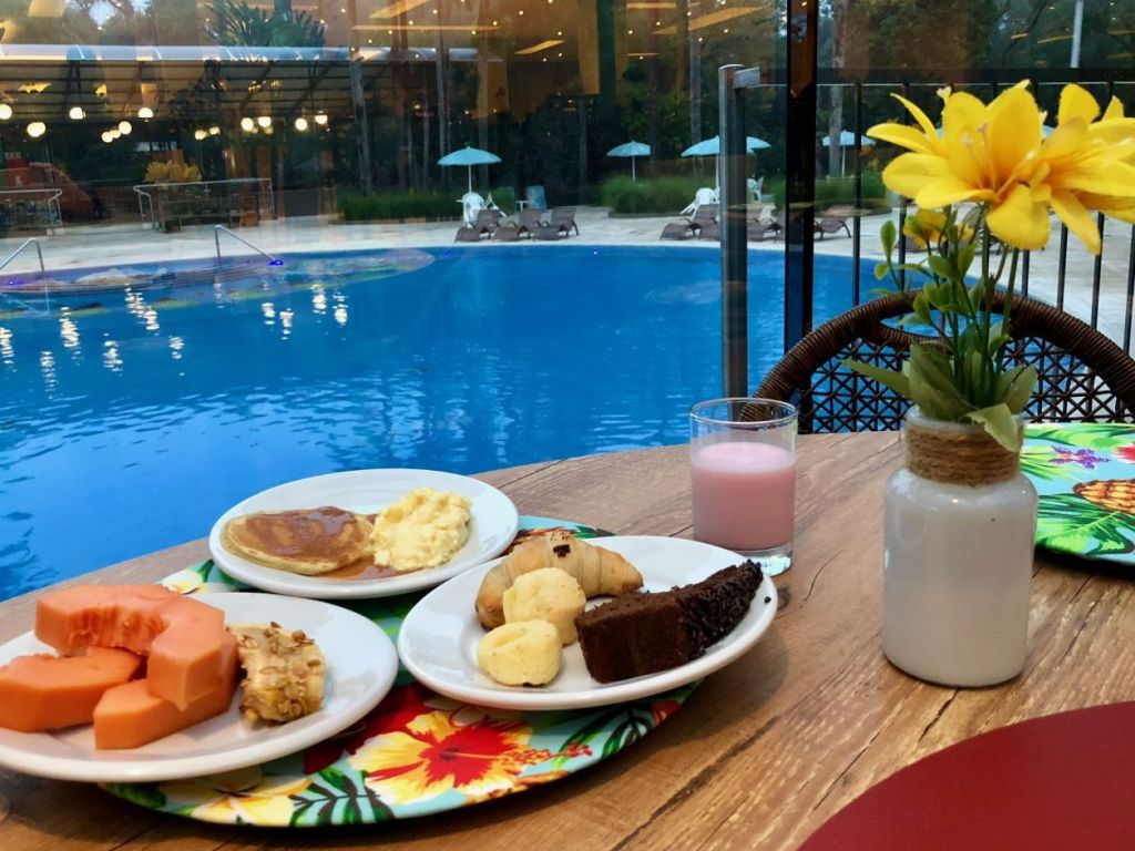 café da manhã em hotel de Foz