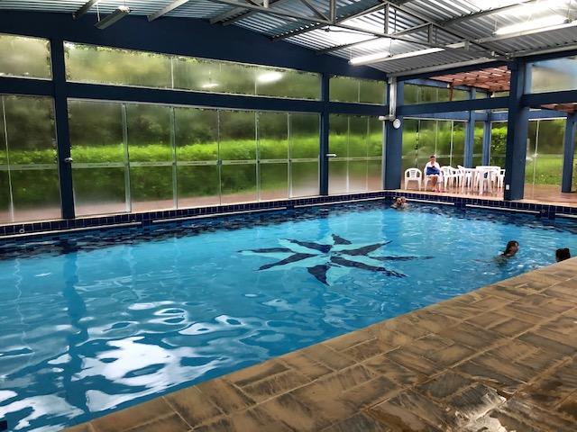 piscina hotel internacional gravatal
