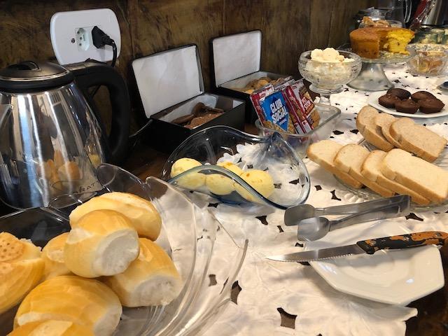 café manhã hotel