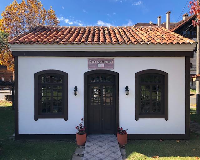 casa portuguesa praça etnias