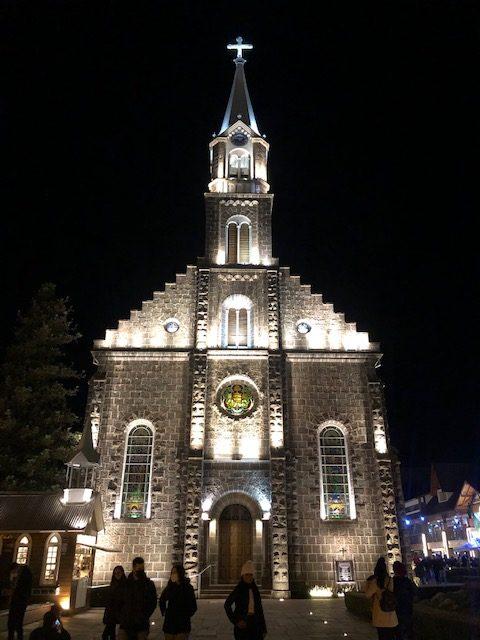 igreja pedra noite