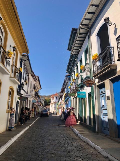 rua direita o que fazer em Mariana